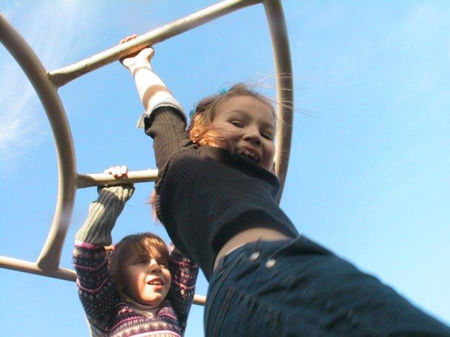 child-playing-1515545